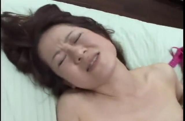 桃音まみる 無料 わたしのお尻を玩具にしてください 無料動画 -