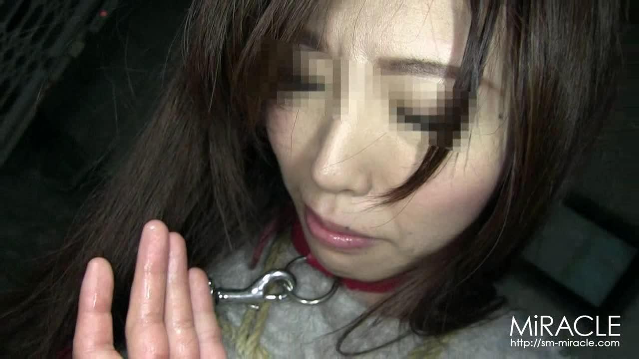 監禁された長身女性が恥辱陵辱SM責め!