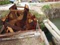 手作り水車が回る風景
